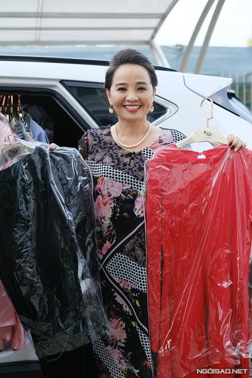Diễn viên Người đẹp Tây Đô mang tiệm tạp hóa đi quay phim - Ảnh 10.