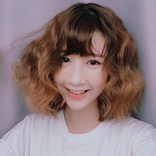 15 kiểu <strong>tóc ngắn xoăn</strong> sóng đẹp nhất 2020 phù hợp với mọi gương mặt - Ảnh 8.