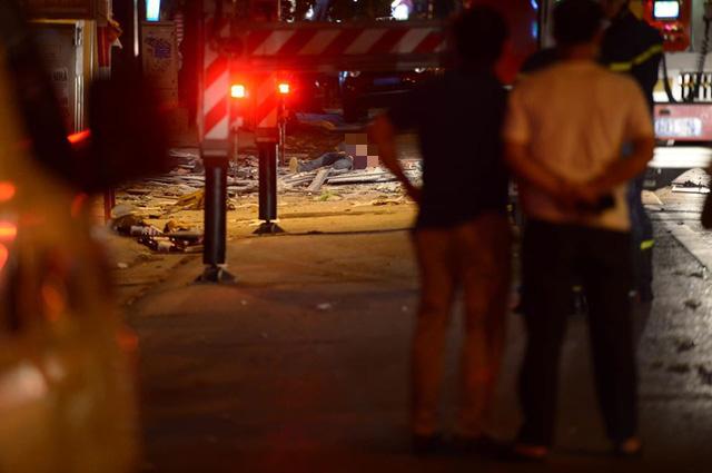 Hà Nội: Cần làm rõ trách nhiệm của nhà thầu thi công khiến 4 người tử vong vì tai nạn lao động - Ảnh 2.