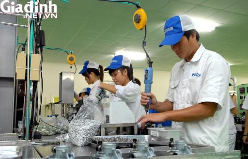 Hưng Yên: Hơn 6.000 người được giải quyết việc làm trong nửa đầu năm 2020 - Ảnh 1.