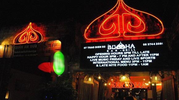 Quán bar Buddha hoạt động trở lại với tên Quán Không Tên - Ảnh 1.