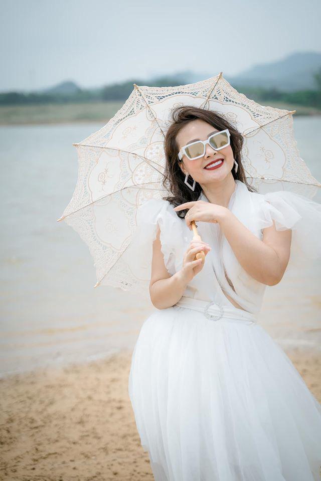 Điều ít biết về vợ xinh đẹp của NSƯT Đăng Dương - Ảnh 5.