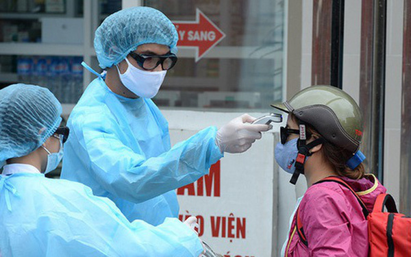 Nam thanh niên Trung Quốc nhập cảnh trái phép mắc COVID-19 sau 3 lần xét nghiệm, Việt Nam thêm 18 ca mới - Ảnh 2.