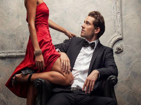 Chiêu phụ nữ giấu việc ngoại tình cực đỉnh khiến cánh đàn ông nằm mơ cũng không nghĩ đến - Ảnh 2.