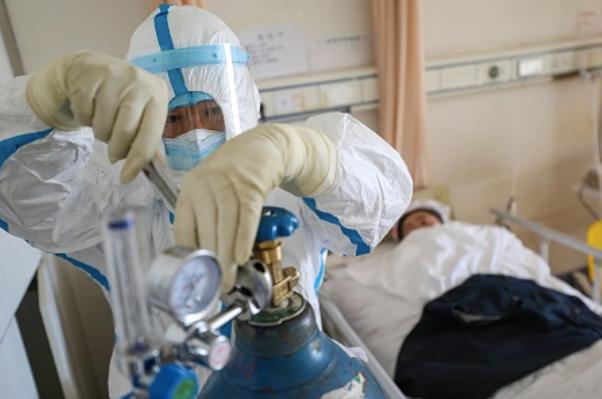 Bệnh nhân 577 - ca thứ 27 tại Việt Nam tử vong - Ảnh 3.