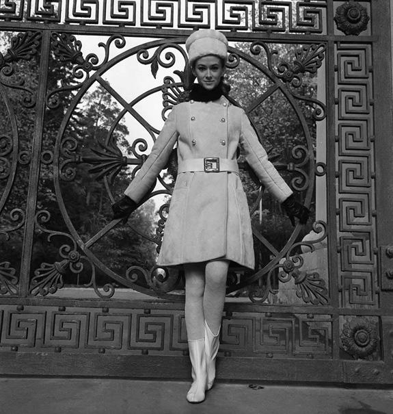 Thời trang ngắm hoài không chán của phái đẹp Liên Xô - Ảnh 2.