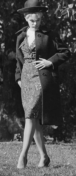 Thời trang ngắm hoài không chán của phái đẹp Liên Xô - Ảnh 3.