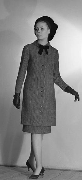 Thời trang ngắm hoài không chán của phái đẹp Liên Xô - Ảnh 5.