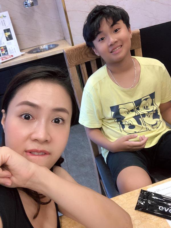 Con trai, con gái Hồng Diễm thừa hưởng nét đẹp của cả cha lẫn mẹ - Ảnh 6.