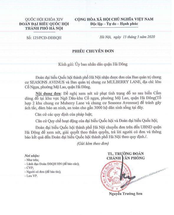 Chính quyền nói về việc hàng loạt ô tô ở Hà Nội bị dán giấy do đỗ xe tắc đường - Ảnh 6.