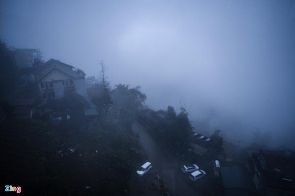 گردشگران به سمت Sa Pa می روند ، کوه Fansipan پر از سال نو است - عکس 1.