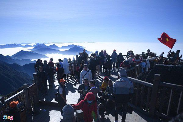 گردشگران به Sa Pa می روند ، کوه Fansipan پر از سال نو است - عکس 6.