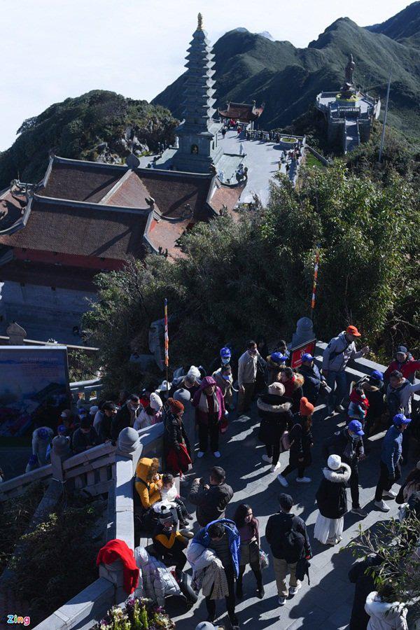 گردشگران به Sa Pa می روند ، کوه Fansipan پر از سال نو است - عکس 10.
