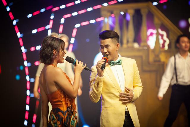 Đón Tết cùng VTV 2021: Văn Mai Hương và Hồ Trung Dũng song ca Tết đón xuân về - Ảnh 6.