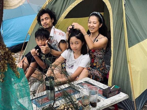 همسر فام آن خوآ نشان داده است که شوهرش پس از طوفان به یک زاغه نشین نقل مکان کرده است تا زندگی کند - عکس 5.