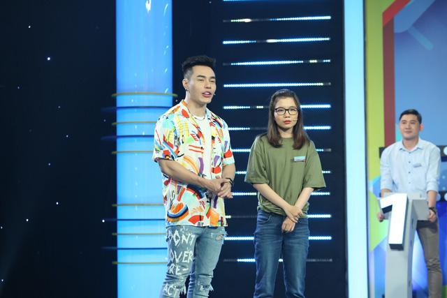 یک دانشجوی RMIT هنگام اجرای یک نمایش با میزبانی Le Duong Bao Lam - تصویر 2 آنجا را ترک کرد.