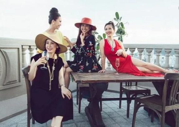 Choáng với vẻ xa hoa, hào nhoáng trong căn hộ nhà Hoa hậu Hà Kiều Anh - Ảnh 12.