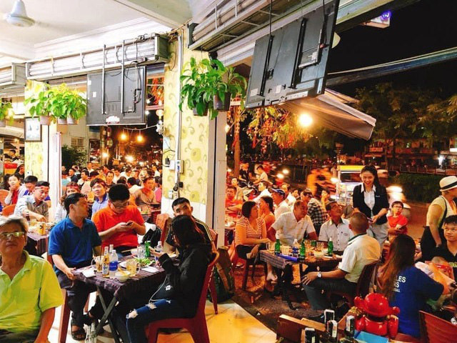 میخانه ها ، رستوران های لذیذ نقره ای در اوایل سال ماکارونی را برای ده ها میلیون دانگ در جیب خود می فروشند - عکس 1.
