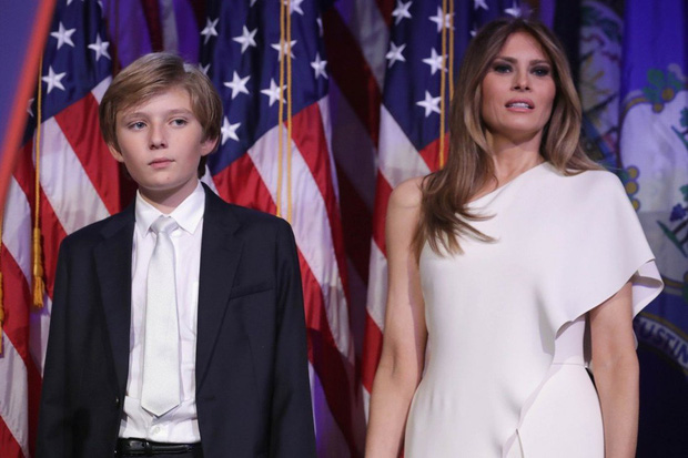 4 سال بارون ترامپ در کاخ سفید: بلوغ موفقیت آمیز ، اما طرفداران دلخراش برای یک جزئیات - عکس 1.