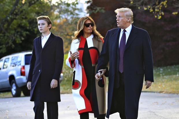 4 سال بارون ترامپ در کاخ سفید: بلوغ موفقیت آمیز ، اما طرفداران دلخراش به دلیل یک جزئیات - عکس 4.