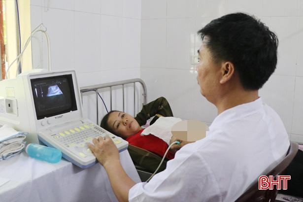 Chính sách về công tác dân số Hà Tĩnh giai đoạn 2021 - 2030: Tăng kinh phí, mở rộng chính sách khen thưởng - Ảnh 2.
