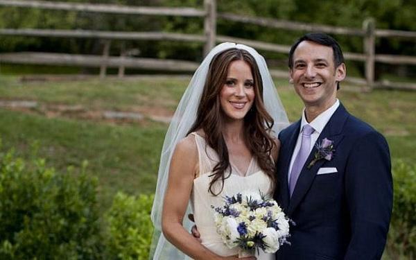 Cô con gái của tân Tổng thống Mỹ Joe Biden: 40 tuổi hết lòng vì công tác xã hội và cuộc hôn nhân kín tiếng - Ảnh 5.