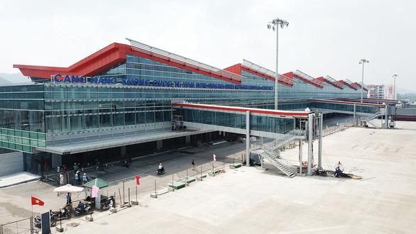 پس از تعطیلی موقت فرودگاه ون دون ، اداره هواپیمایی با ارسال یک محموله سریع ، درخواست ضد کوپید COVID-19 - عکس 3.