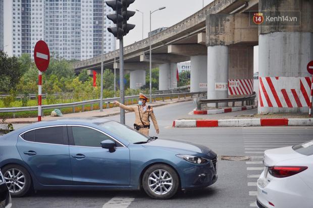 درب ورودی هانوی وحشتناک است ، هزاران وسیله نقلیه پس از تعطیلات سال نو به شهر باز می گردند - عکس 7.
