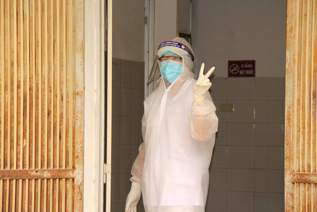 Bên trong khu điều trị cách ly tại Bệnh viện dã chiến Chí Linh - Ảnh 16.