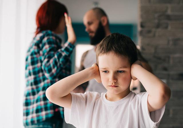 اشتباه والدین در آموزش کودکان - عکس 1.