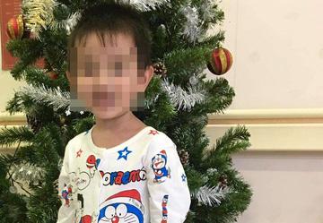 یک پسر 3 ساله سکته کرد - عکس 1.