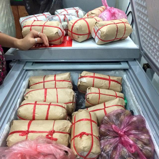 بازار غذاهای دست ساز هیجان انگیز قبل از سال نو میلادی - عکس 2.