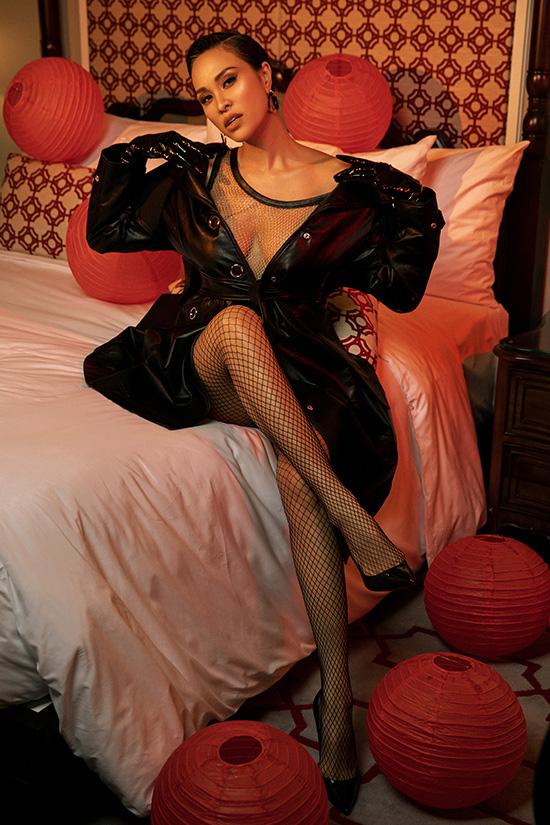 Chồng Tây khuyến khích Phương Mai mặc sexy - Ảnh 7.