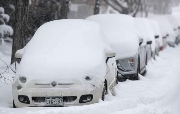 Hình ảnh người dân Texas oằn mình trong bão tuyết kỷ lục, đồ đạc trong nhà đóng băng, người dân chết vì mất điện - Ảnh 7.