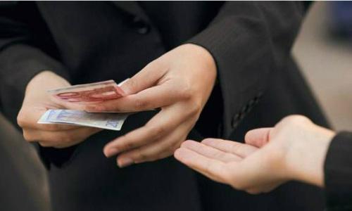 6 quy tắc cho người thân vay tiền mà bạn luôn phải nhớ để không nhận trái đắng - Ảnh 2.