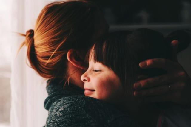 Ly hôn có khi là ví dụ tốt cho con về tình yêu và sự đồng hành - Ảnh 1.