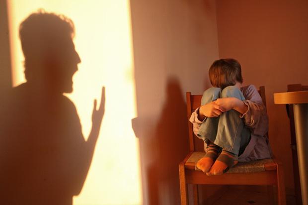 Những lỗi cha mẹ vô tình khiến con trầm cảm - Ảnh 1.