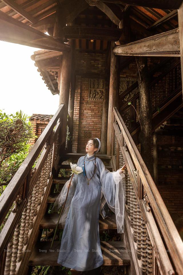 دختر داغ از مدرسه HUFLIT به عنوان یک رویا با پیراهن Tac سنتی زیبا است - عکس 4.