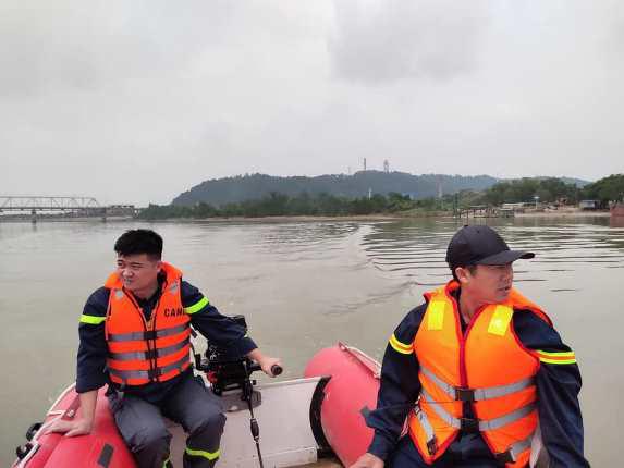 Để lại lá thư cùng xe máy, người đàn ông gieo mình xuống sông Lam - Ảnh 1.