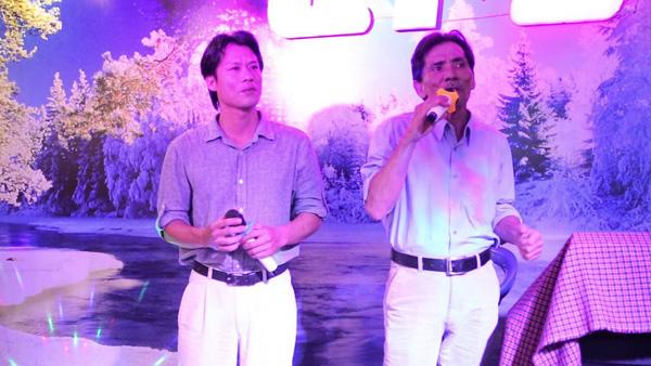 Con trai nghệ sĩ Thương Tín: Ca sĩ phòng trà luôn ở bên ủng hộ ba dù cả xã hội quay lưng với ba - Ảnh 3.