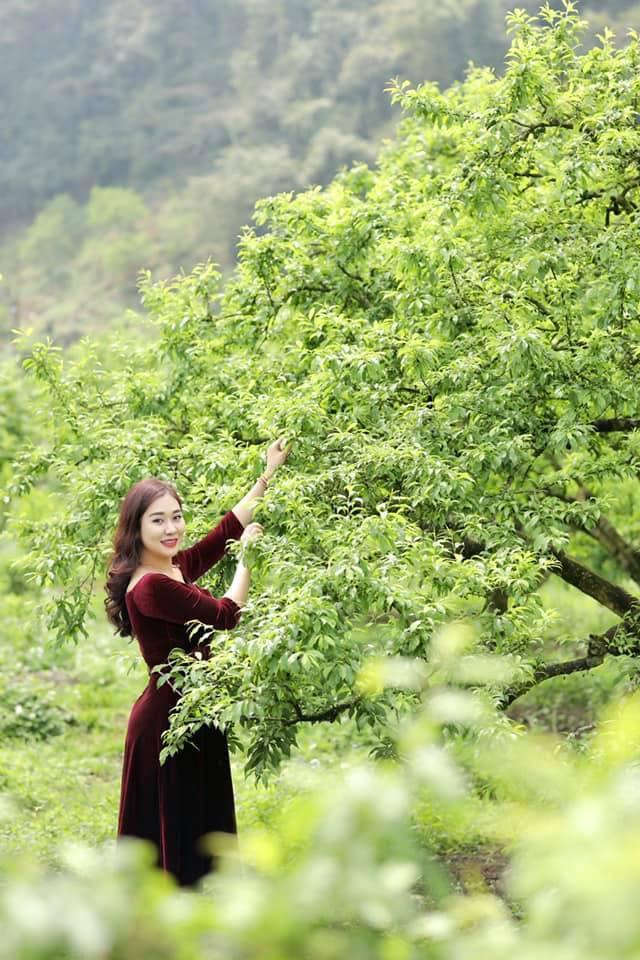 Vợ kém 12 tuổi trẻ trung xinh đẹp của NSND Tự Long - Ảnh 4.