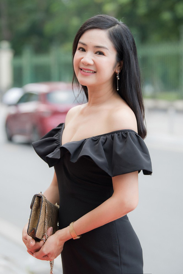 NSND Thu Hà: Tuổi 51, người đẹp xứ Tuyên khiến khán giả yêu quý vì luôn nói lời khiêm tốn - Ảnh 4.