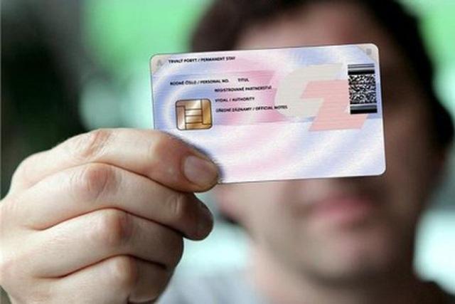 Thẻ căn cước công dân gắn chip điện tử có thay thế được giấy phép lái xe? - Ảnh 1.