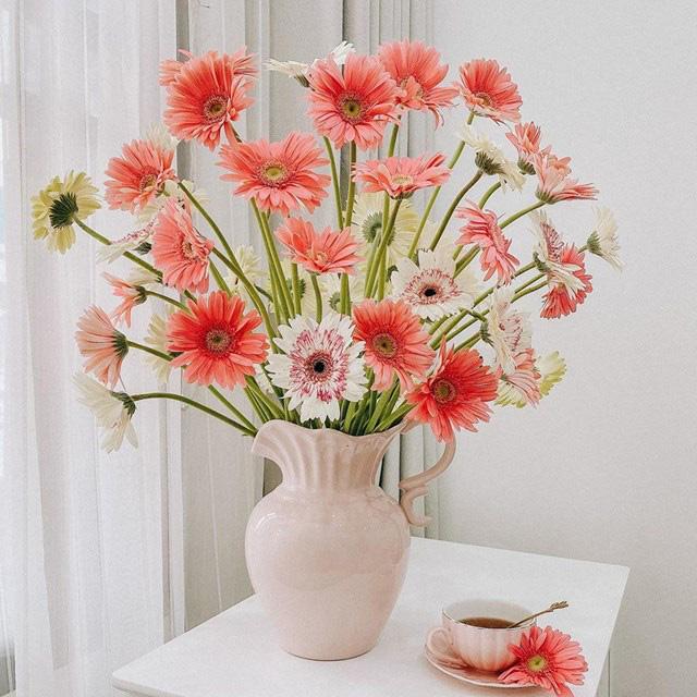 Bí quyết trang trí văn phòng làm việc bằng hoa tươi cực hay - Ảnh 4.