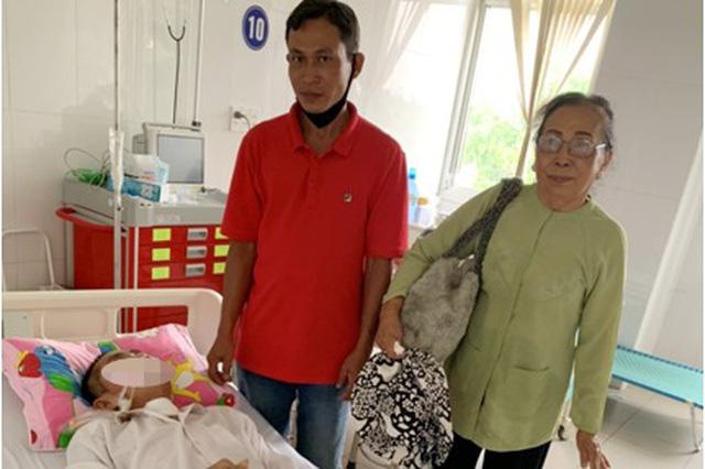 Người đàn ông nhập viện bệnh nặng, sau 2 tháng điều trị mới rõ nhân thân - Ảnh 1.