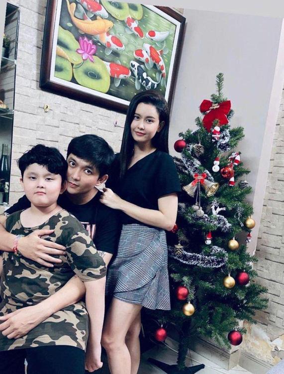 Cặp đôi khó hiểu nhất showbiz Việt: Xóa hình xăm khi ly hôn nhưng vẫn tình tứ, ở chung nhà - Ảnh 7.