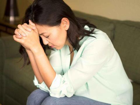Muốn đổi mới quan hệ nhưng lại ngại với chồng - Ảnh 1.