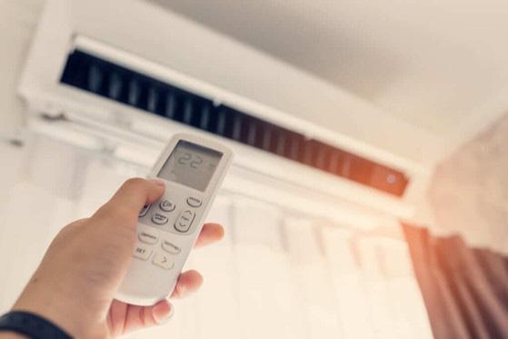7 sai lầm ai cũng mắc phải khi sử dụng máy lạnh - Ảnh 2.