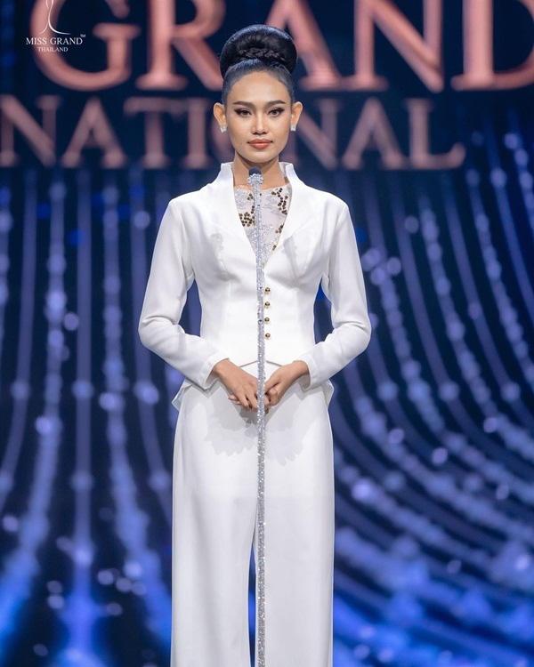 Nhan sắc Hoa hậu Hòa bình Myanmar bị truy nã - Ảnh 2.