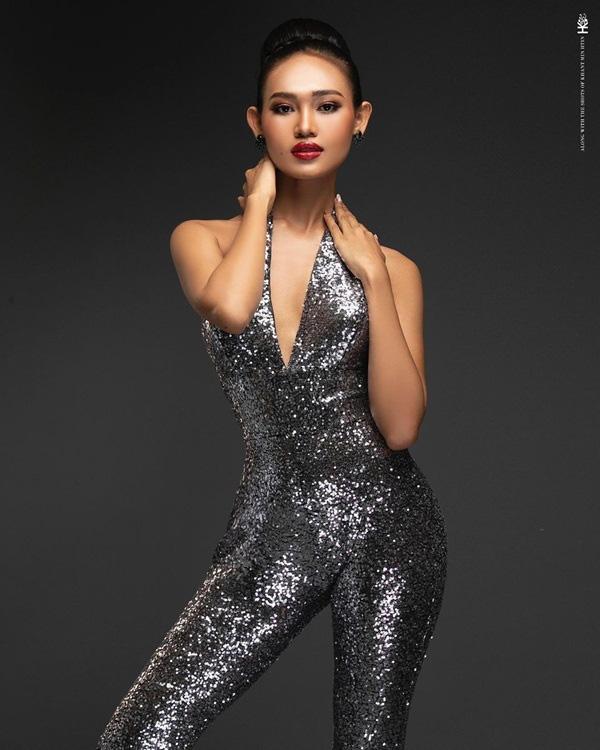 Nhan sắc Hoa hậu Hòa bình Myanmar bị truy nã - Ảnh 16.